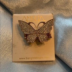 NEW Stretch band butterfly 🦋 ring